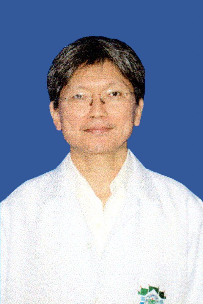 รูปภาพนี้มี Alt แอตทริบิวต์เป็นค่าว่าง ชื่อไฟล์คือ นพ.สมชาย-เอกปรัชญากุล-683x1024.jpg